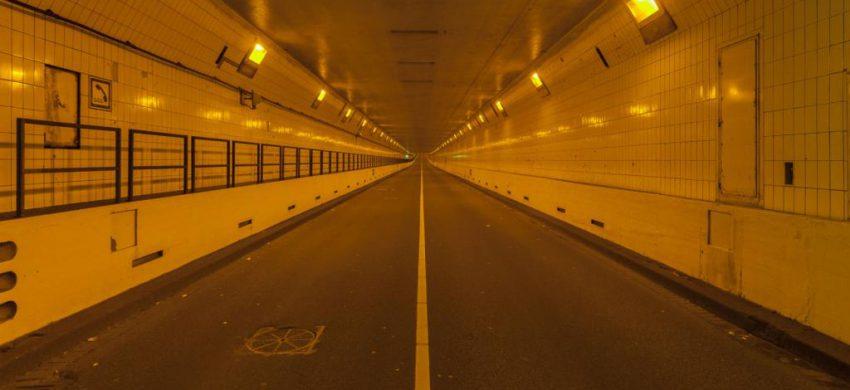 Renovatieproject Maastunnel – stalen deuren